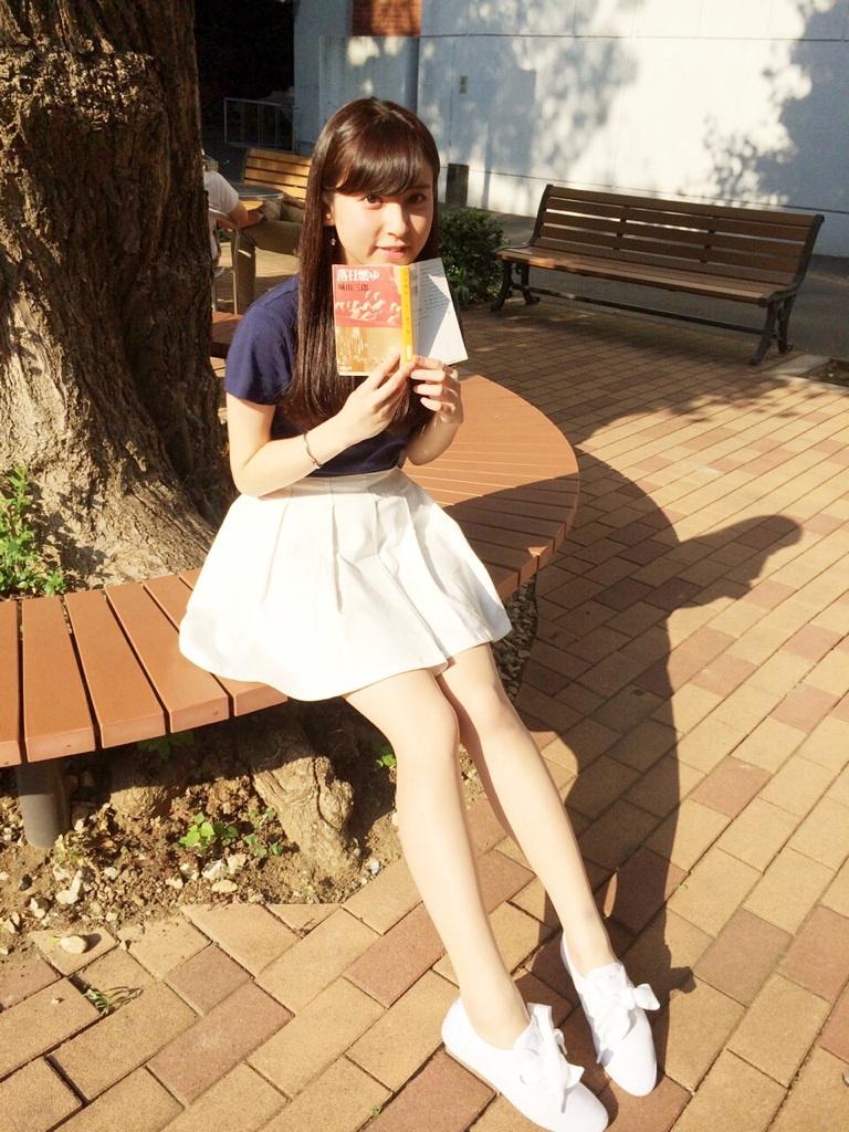 足がきれいな角谷暁子